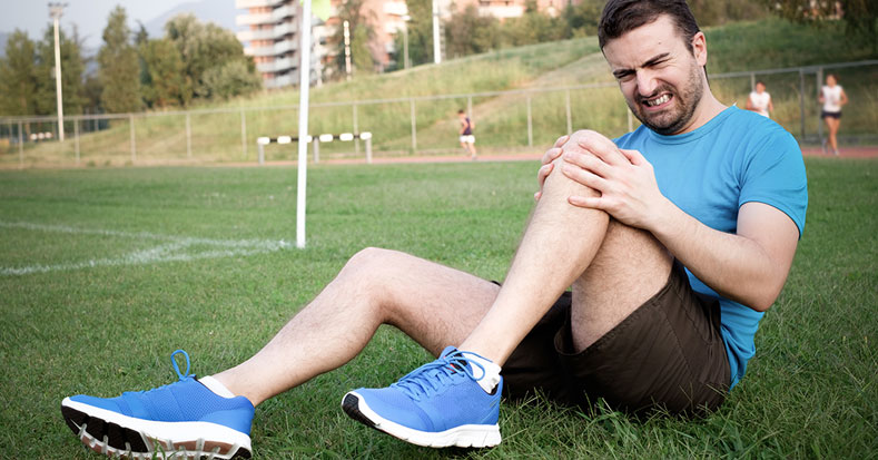 3 Dos and Don'ts For Managing Knee Pain